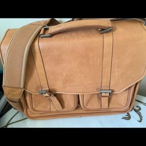 Kenneth Cole tan leather briefcase